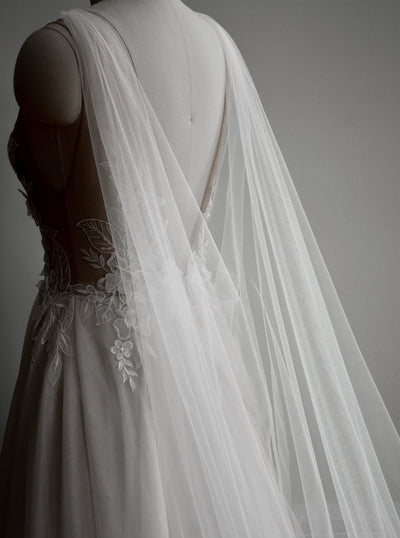 PETRA | Ultra Sheer Bridal Cape - Noon on the Moon