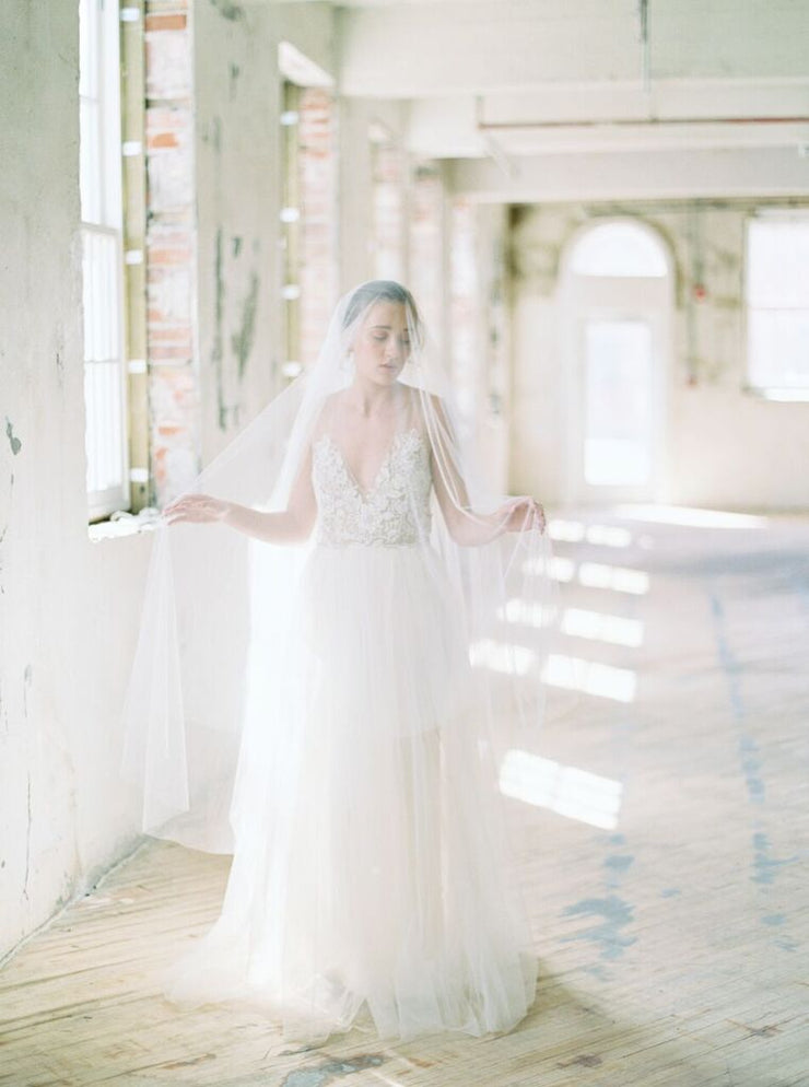 VICTORIA | Bridal Veil with Long Blusher - Noon on the Moon