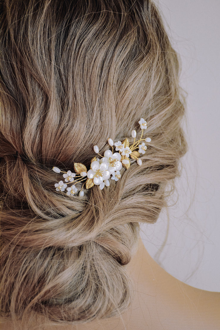 ETTIE | Floral Bridal Hair Comb - Noon on the Moon