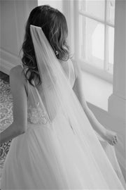 JULIETTE | Silk Wedding Veil - Noon on the Moon