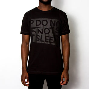 Do Not Sleep Blk On Blk - Tshirt - Black