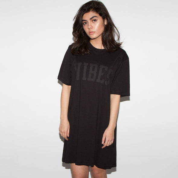 Vibes Blk On Blk - Longline Womens - Black - Wasted Heroes