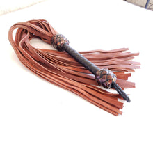 Load image into Gallery viewer, Oil Tan Heavy Leather Flogger