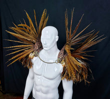 Load image into Gallery viewer, The Hunter Shoulderpiece - Icarus Collection