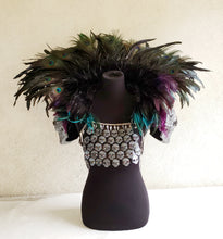 Load image into Gallery viewer, Feather Collar Shoulder Piece with Skull Scales and Shoulders