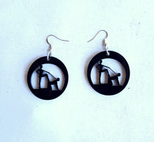 Load image into Gallery viewer, On Your Knees Earrings and Necklace