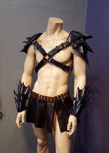 Load image into Gallery viewer, leather armor outfit and kilt