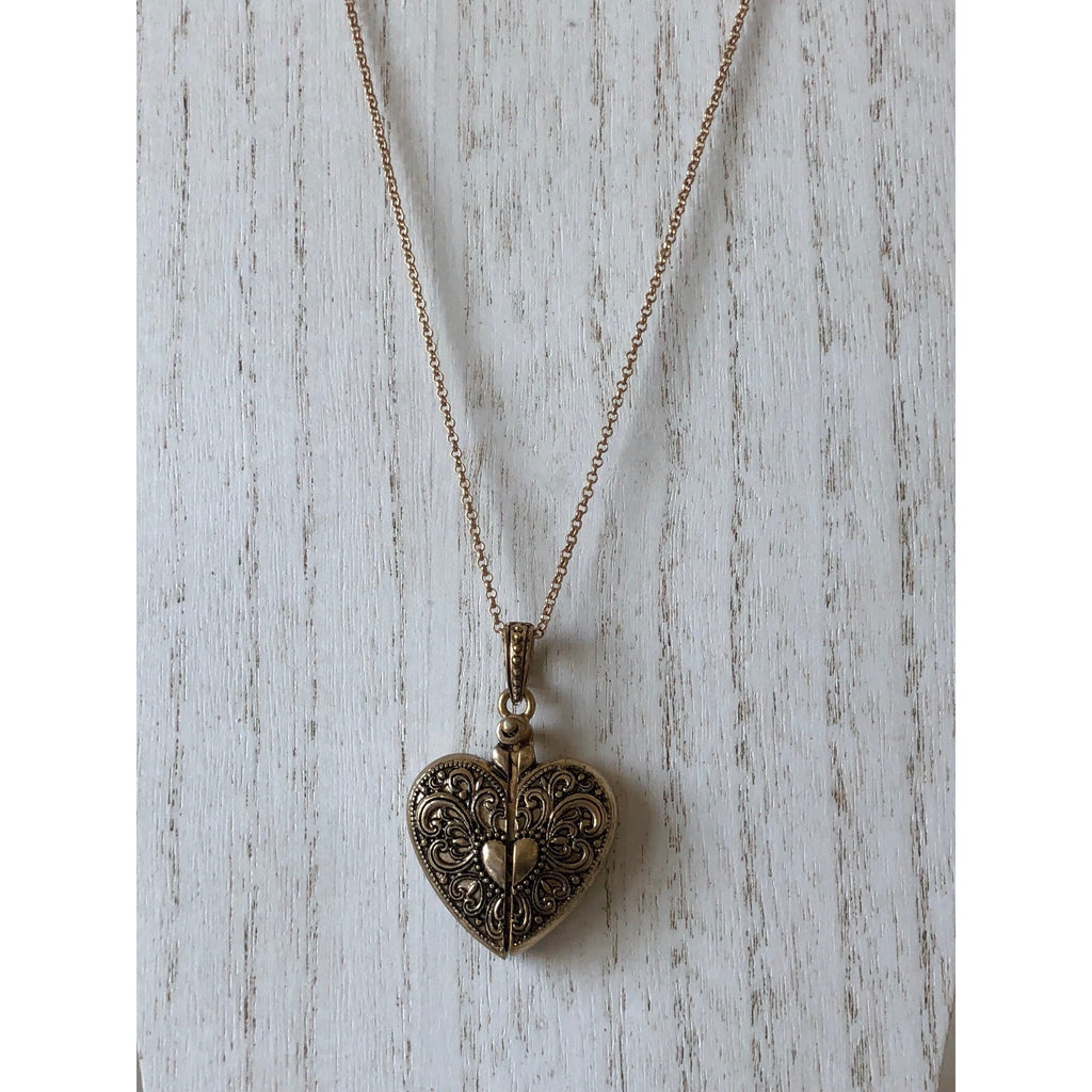 The Fast Flash! Hidden Message Locket-Gold/Heart