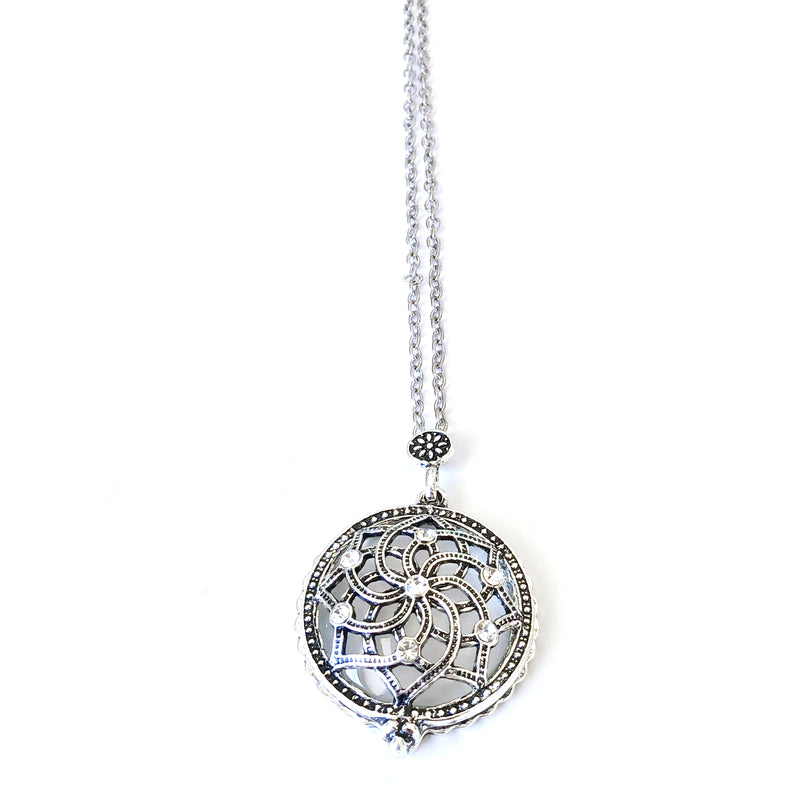 The Fast Flash! Silver Crystal Magnifier Necklace