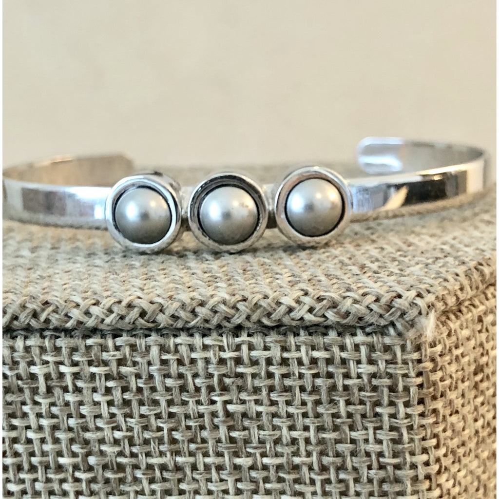 Sample Sale! Silver Pearl Cuff