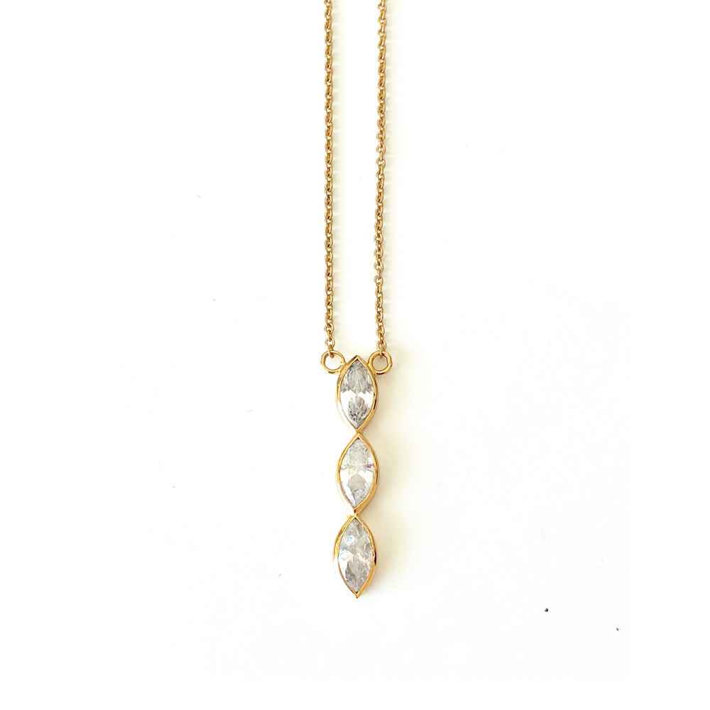Aurelia Line Necklace