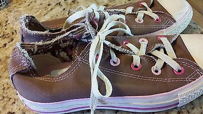 CONVERSE ALL STAR KIDS SIZE 4 LOW TOP CHUCK TAYLORS BROWN YOUTH