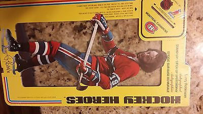 1975 CARTON CRAFT CORP MONTREAL CANADIANS LARRY ROBINSON AD STAND CARD