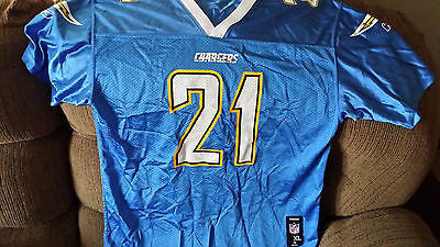 SAN DIEGO CHARGERS LADAINIAN TOMLINSON  FOOTBALL JERSEY SIZE XL 18-20 YOUTH BLUE