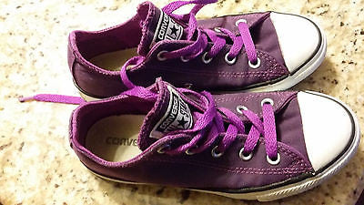 CONVERSE ALL STAR KIDS SIZE 1 LOW TOP CHUCK TAYLORS PURPLE YOUTH
