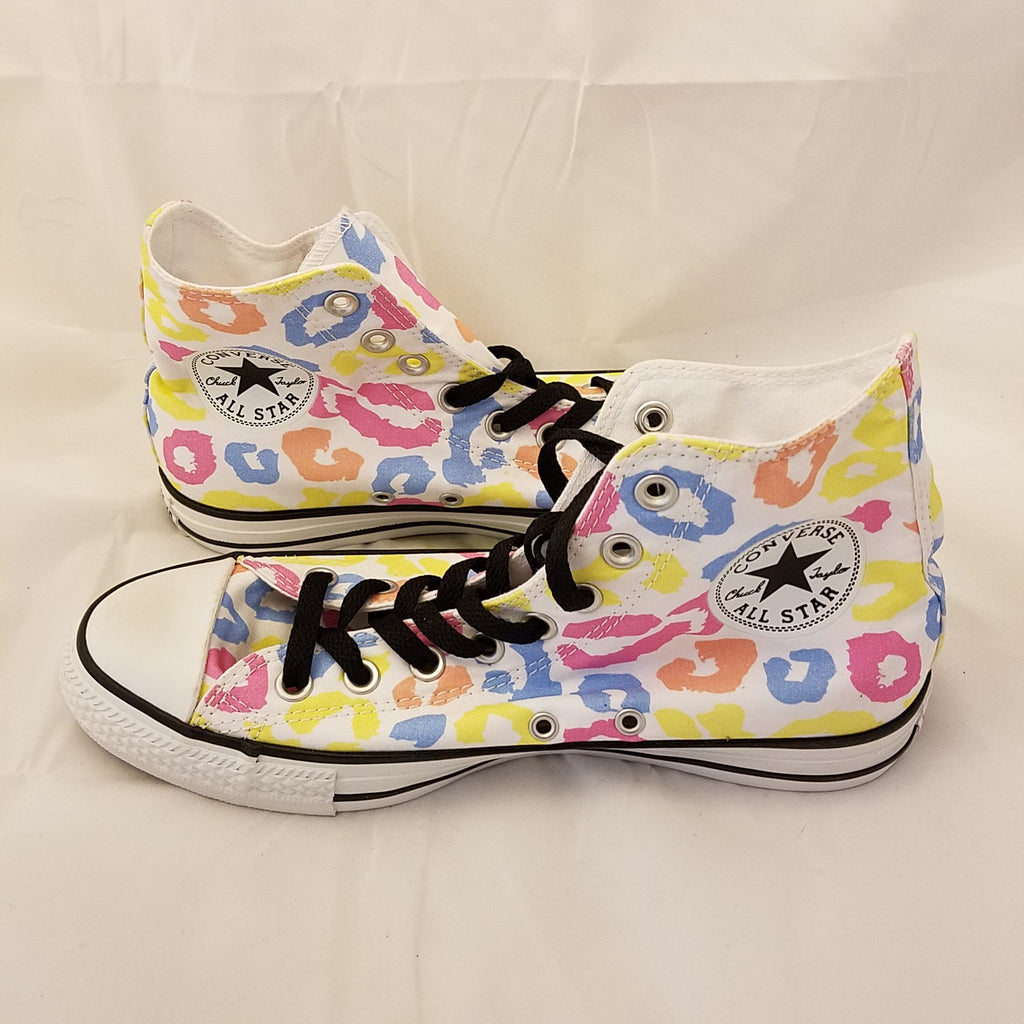 CONVERSE CHUCK TAYLOR HIGH TOP KISSES LIPS SNEAKER ADULT SIZE WN 9 MN 7