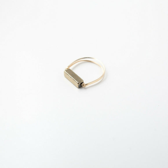 Sarah Briggs Bronze Single Stone Stacking 14kgf Ring