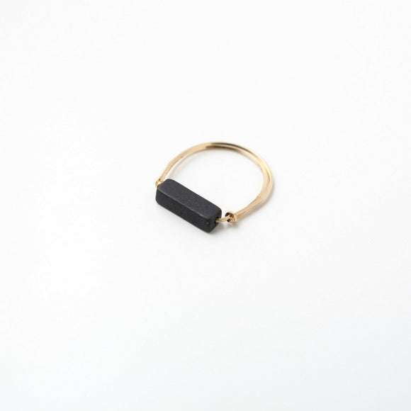 Sarah Briggs Black Onyx Single Stone Stacking 14kgf Ring