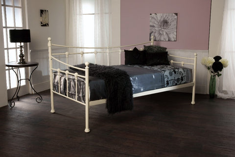 The SIRUS daybed