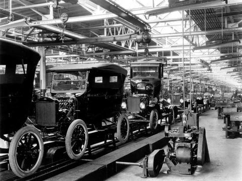 Ford Assembly Line - 1924 - Picture from Windsor Star
