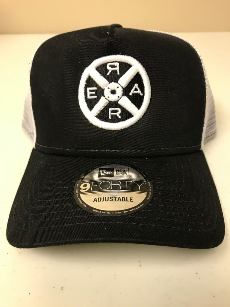 Model R 2.0 - Trucker Hat - Black/White - Unisex