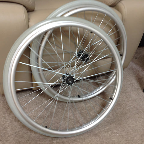 Aluminum 24' wheels priced to clear. (pair)