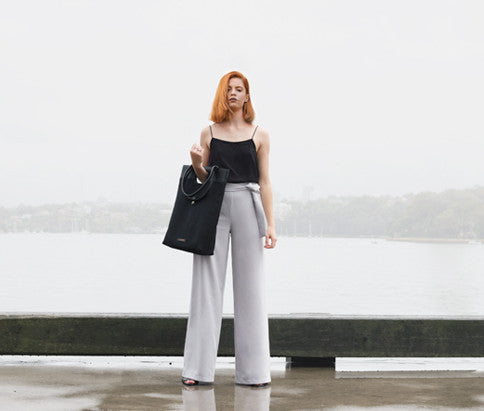 Standing woman with Shopper Tote