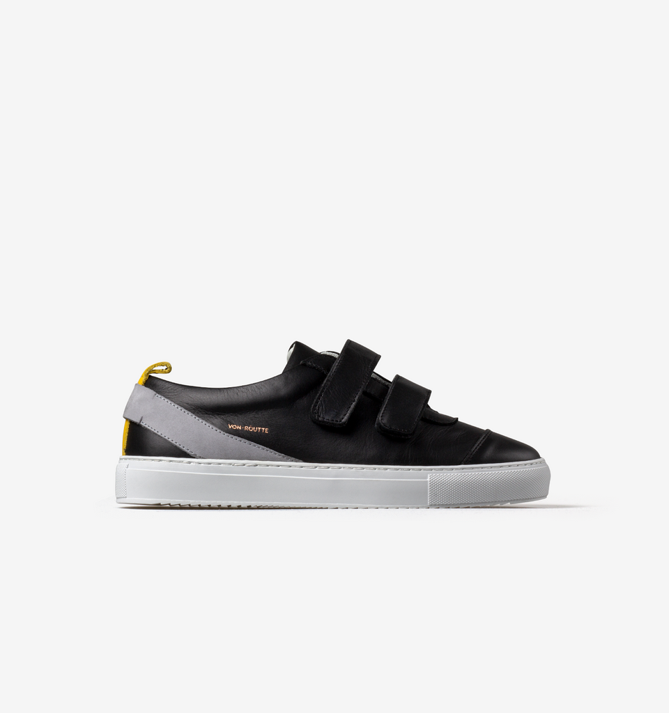 Kiso Velcro Sneakers Black