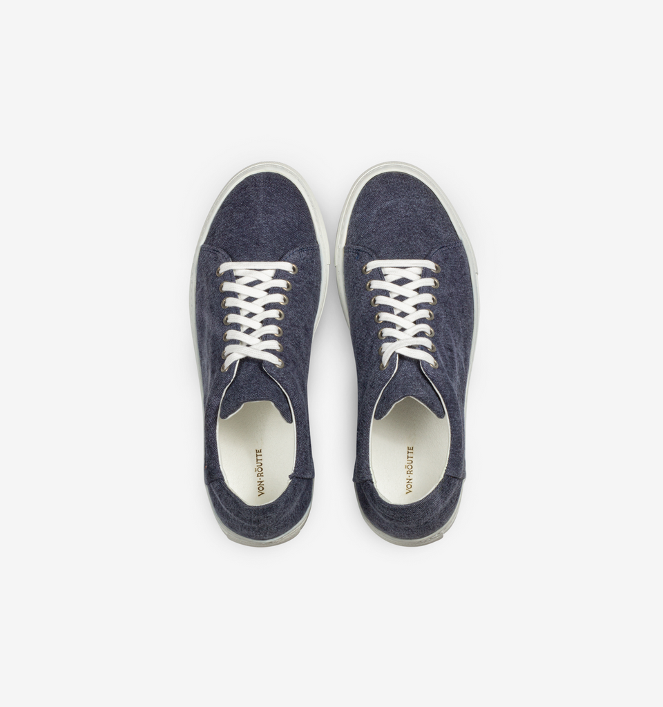 Lyon Canvas Sneakers Navy