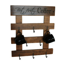 2-Day Designs 8-Cup Wall Rack