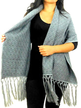 Load image into Gallery viewer, Alpaca Shawl Silver