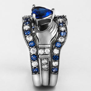 Exquisite Blue Diamond Claddagh Ring Set