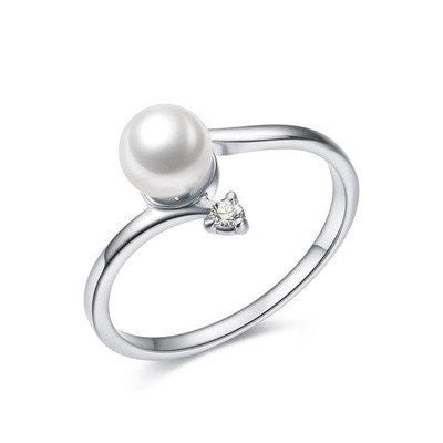 Born In June Pearl Ring with Austrian Rhinestones Accents
