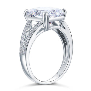 6Ct Aberdeen Diamante (April Diamond) Ring