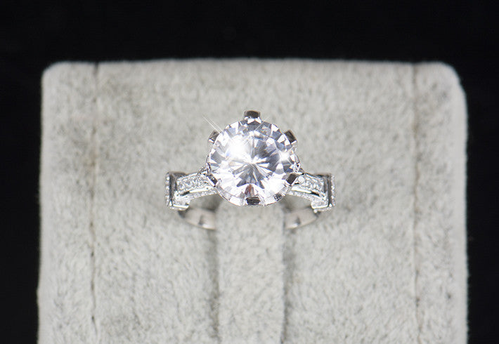 Exquisite 4.0ct AAAAA .925 Solid Sterling Silver Flower Crown Ring