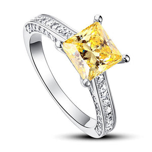 November Citrine 1.5 Ct Princess Cut Single Ring