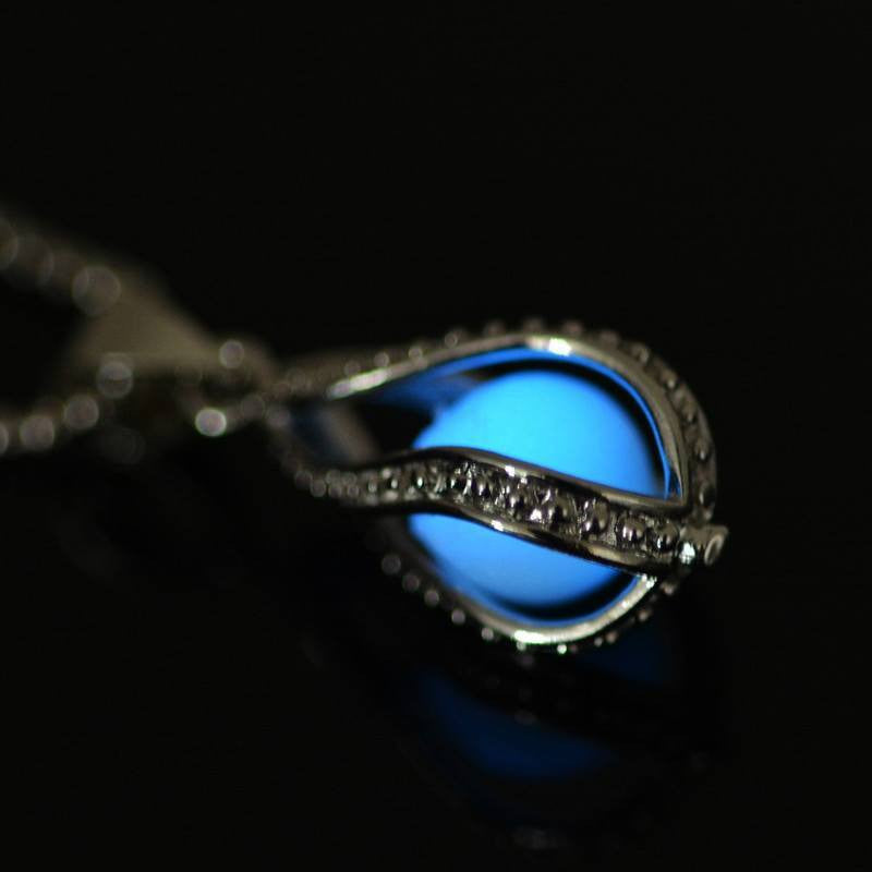 Magical Glow Necklace