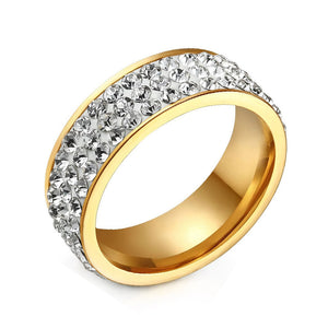 Exquisite Gold Ring with Uniqiue 3 Row Crystals