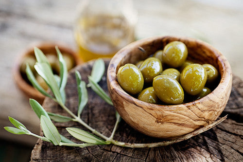 Olive oil and its health benefits on weight management and cardiac health