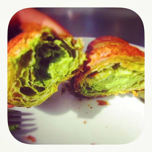 Light, Flaky and delicious vegan matcha croissants brings the new twist for a classic French pastry with the hint of earthy green tea matcha.