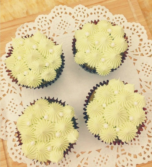 Double Matcha Green Tea Buttercream Cupcakes surely will satisfy your matcha craving!