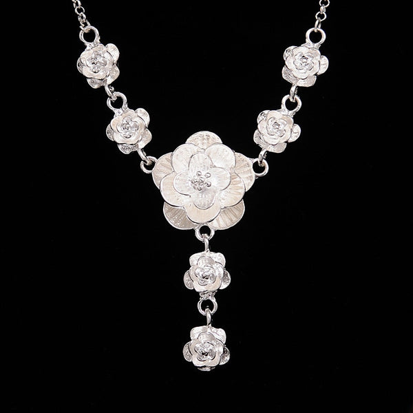 Fashion Silver Color Flower Pendant Necklace for Women valentines day gift - Vietees Shop Online