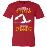 NEVER UNDERESTIMATE AN OLD MAN WHO LOVES SWIMMING T-SHIRT - Vietees Shop Online