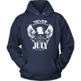 Never Underestimate An Old Man Born In July Hoodie - Vietees Shop Online