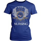 Never Underestimate The Power Of A Woman Who Majored In Nursing - Vietees Shop Online