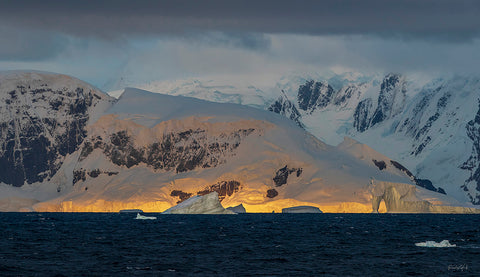 Morning Glow - Antarctica