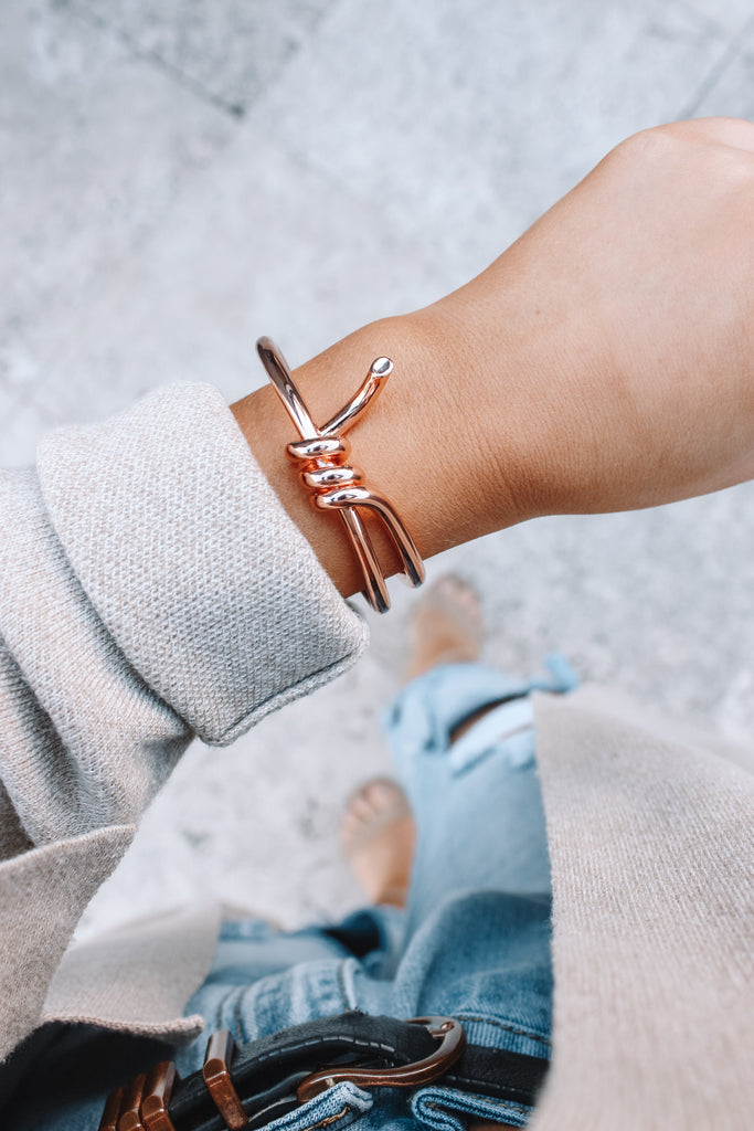 Metallic Twist Bangle - Rose Gold