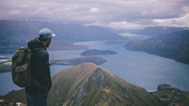 Photolog | Roys Peak by Tom Powell <br>– Featuring Fraser The Rucksack