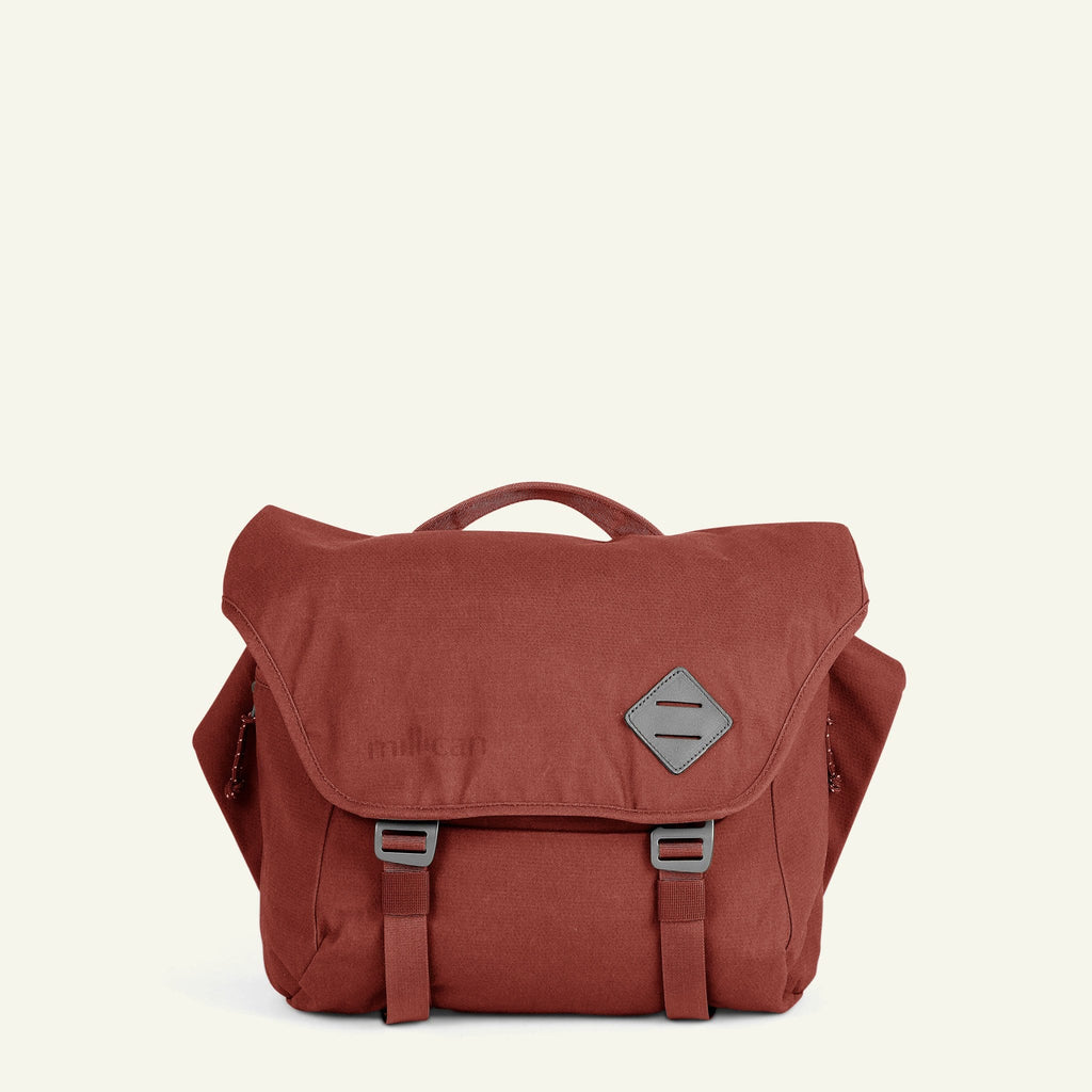 The Mavericks | Nick | The Messenger Bag 13L (Rust)
