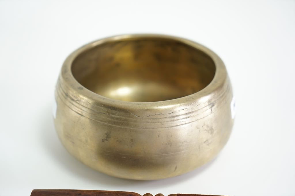 Mane(prayer wheel)Bowl.Sound of Mantra